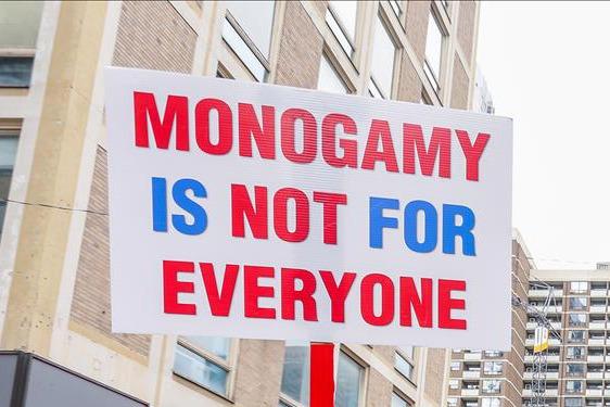 CONSENSUAL NON MONOGAMY